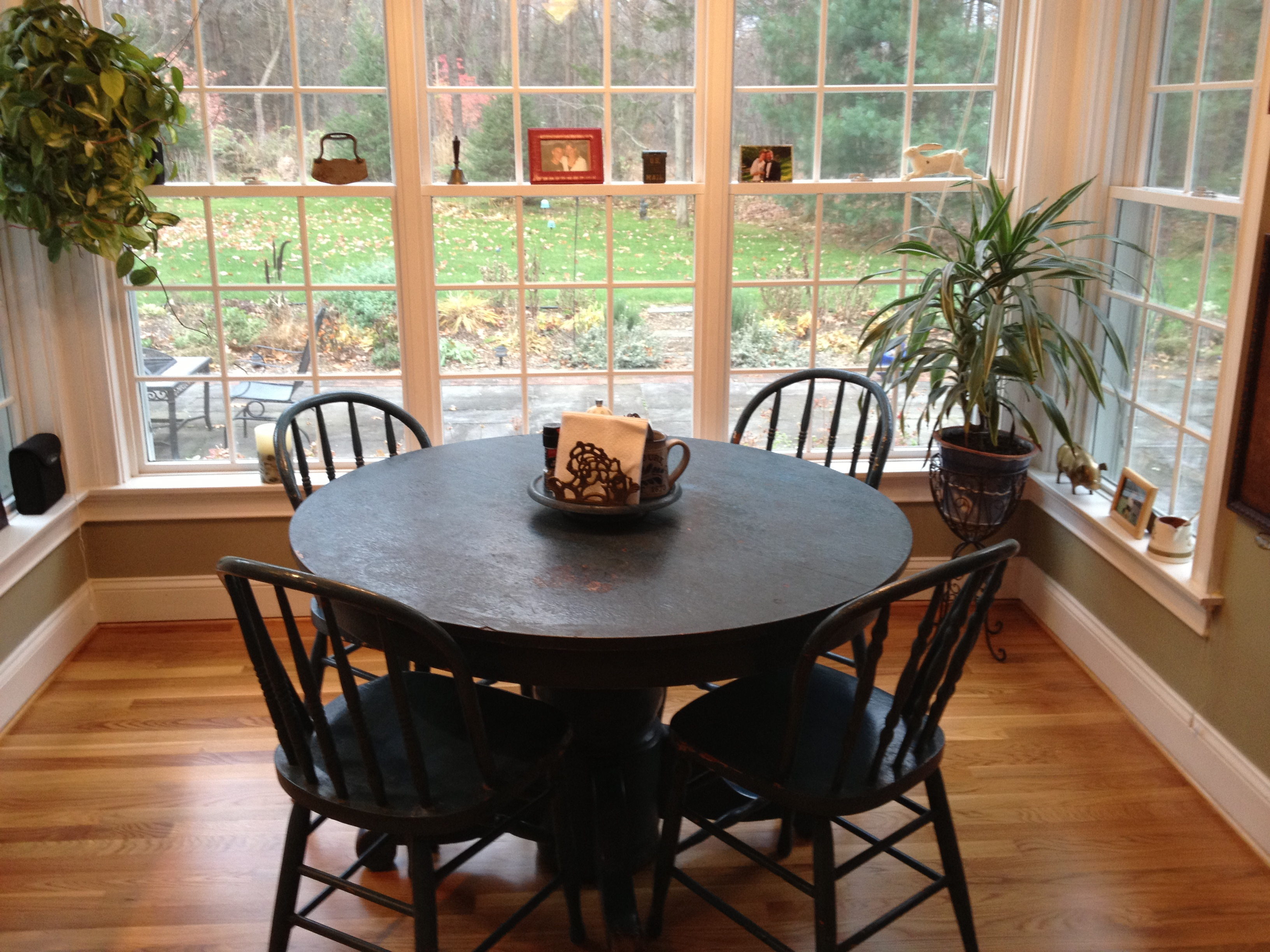 My best work has always started around a single franchisee for Dining room off kitchen